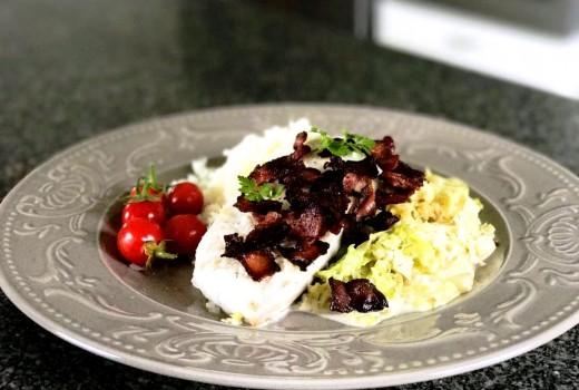 Sej med savoykål och knaprigt bacon